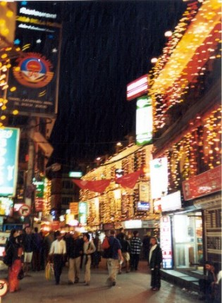 thamel_at_night.jpg